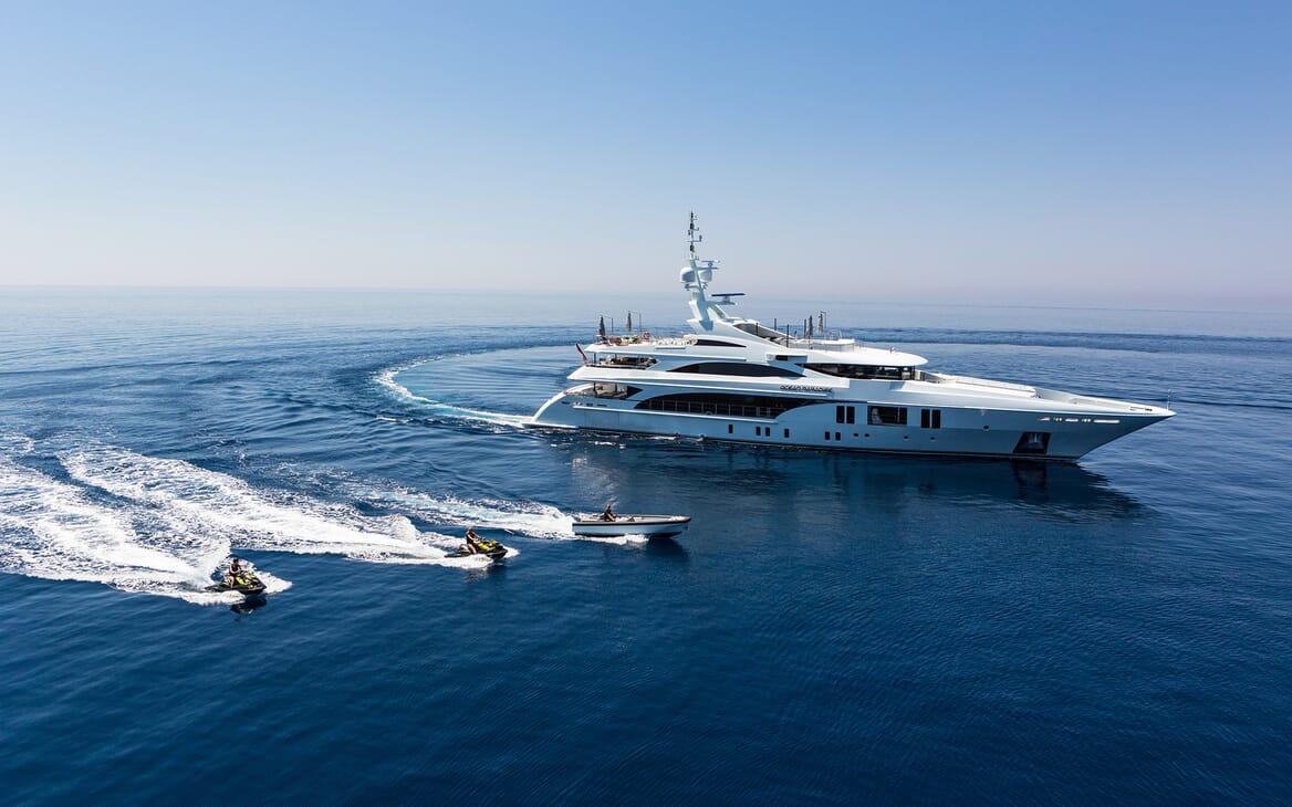 Motor Yacht Ocean Paradise toys