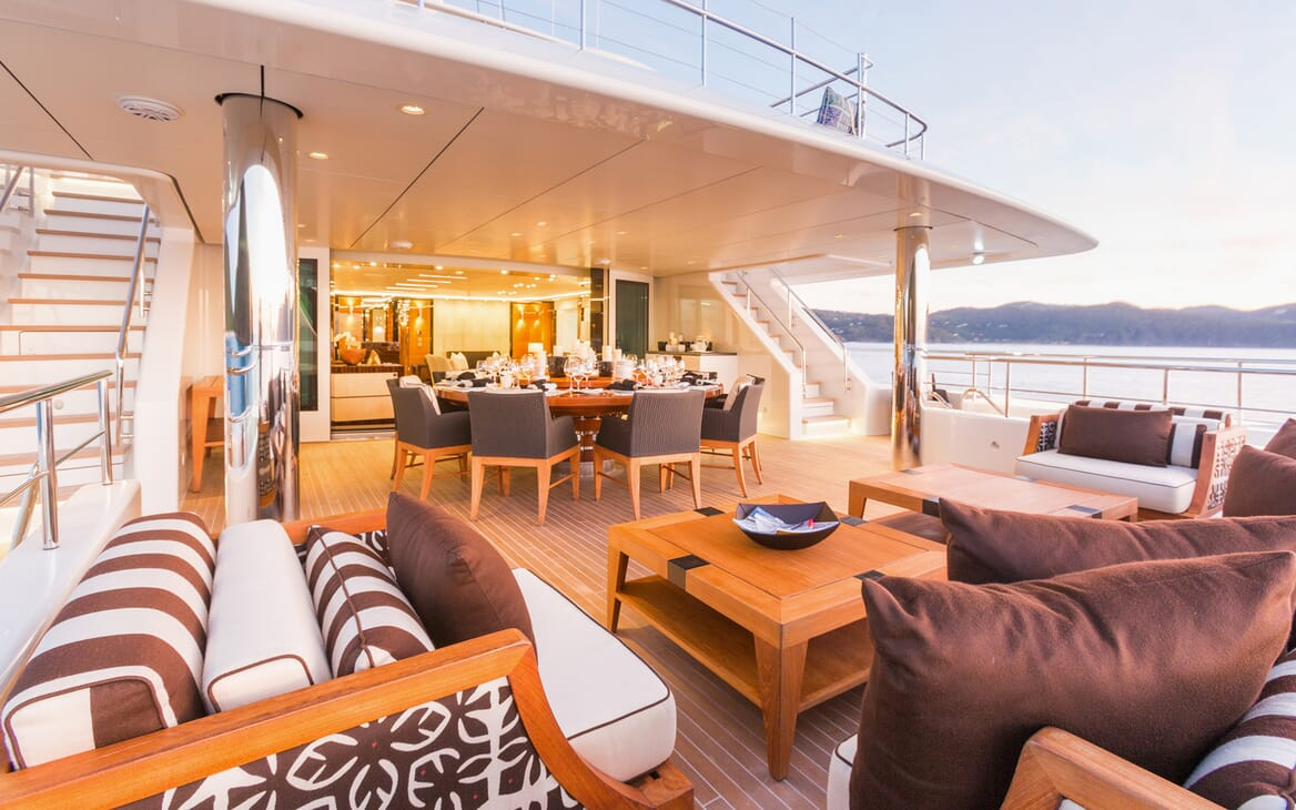 Motor Yacht Party Girl main deck