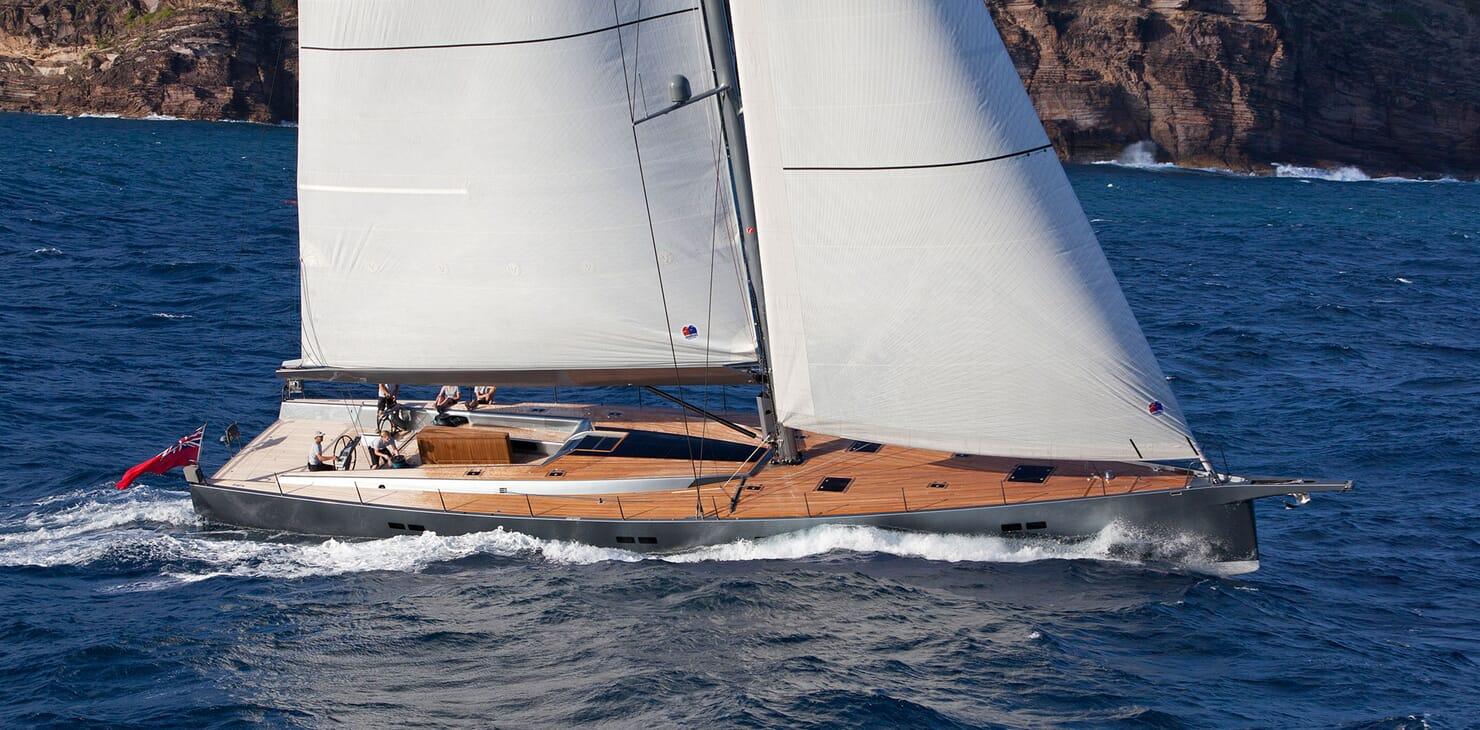 Sailing Yacht AEGIR Profile Underway