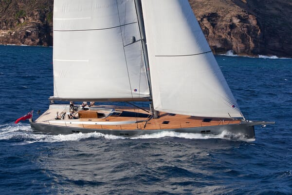 Sailing Yacht AEGIR Profile Underway