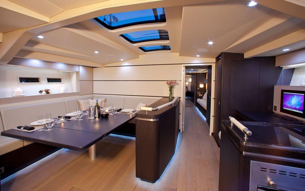 Sailing Yacht AEGIR Dining Table
