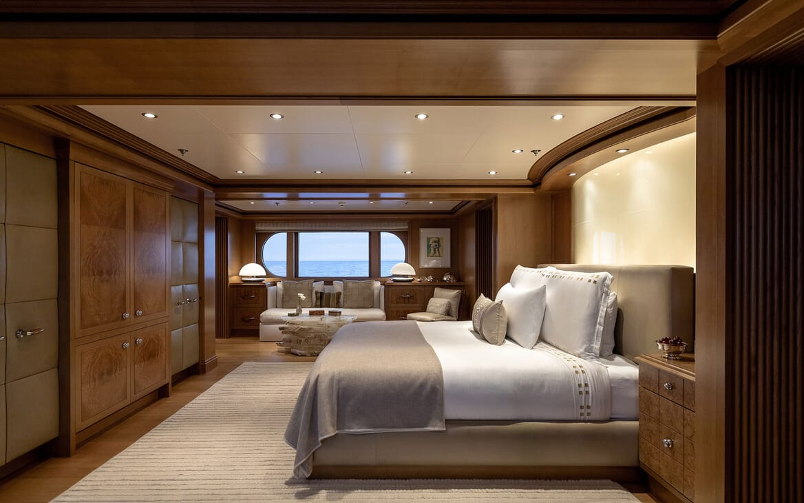 Motor Yacht HELIOS Master Stateroom