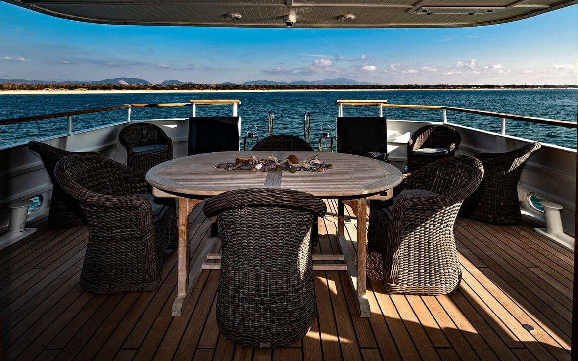 Motor Yacht Persuader Wicker Seating