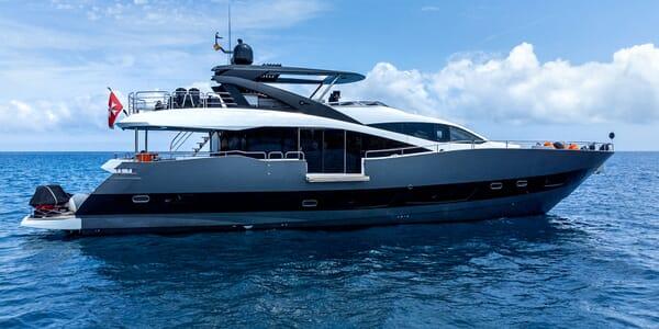 Motor Yacht MIRKA Profile