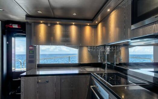 Motor Yacht Mirka Aft Deck