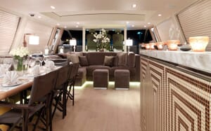 Motor Yacht Cheeky Tiger living area