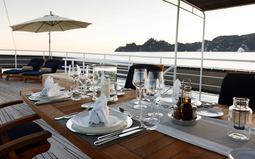 Motor Yacht DIONEA Sun Deck Dining Table Detail