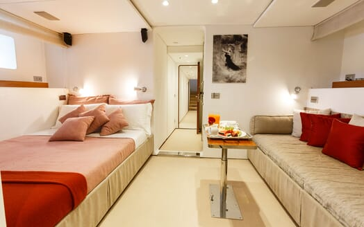 Motor Yacht DIONEA VIP Double Stateroom