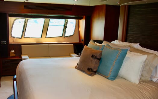 Motor Yacht Emrys master cabin