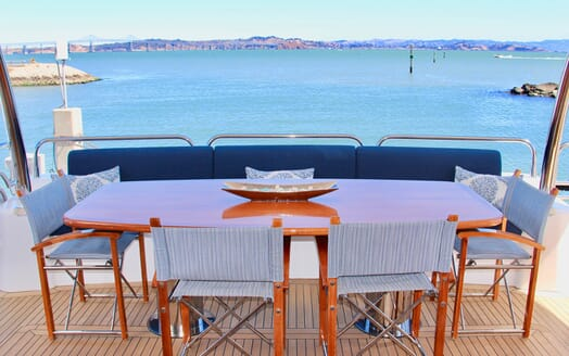 Motor Yacht Emrys al fresco dining