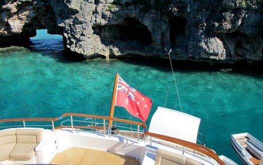 Motor Yacht Masteka 2 aft