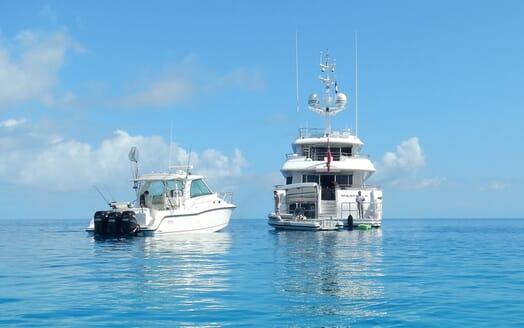 Motor Yacht Masteka 2 aft shot
