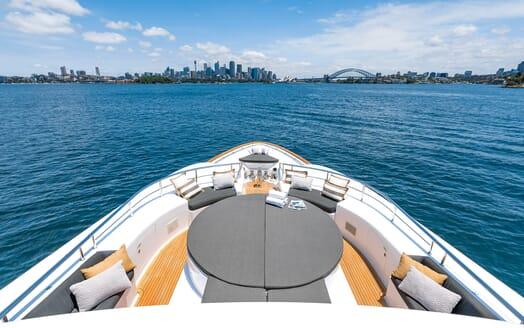 Motor Yacht Masteka 2 foredeck