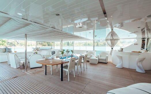 Motor Yacht Tango main deck