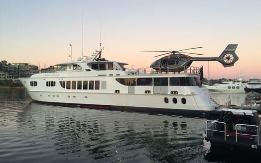 Motor Yacht Tango helicopter