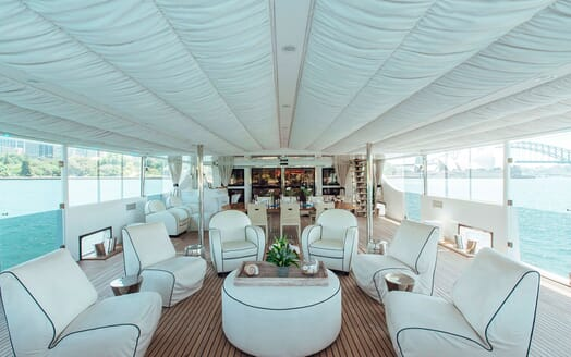 Motor Yacht Tango main saloon