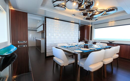 Motor Yacht Paradise dining area