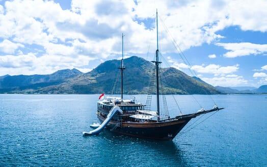 Sailing Yacht DUNIA BARU Exterior with Slide