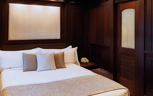 Sailing Yacht DUNIA BARU Guest Double Stateroom