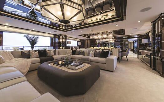 Motor Yacht 11.11 Main Saloon