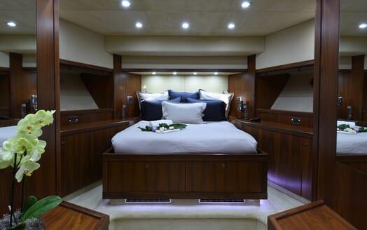 Motor Yacht Double D VIP cabin