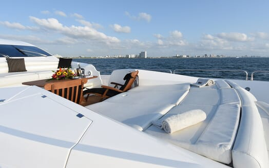 Motor Yacht Double D sun deck