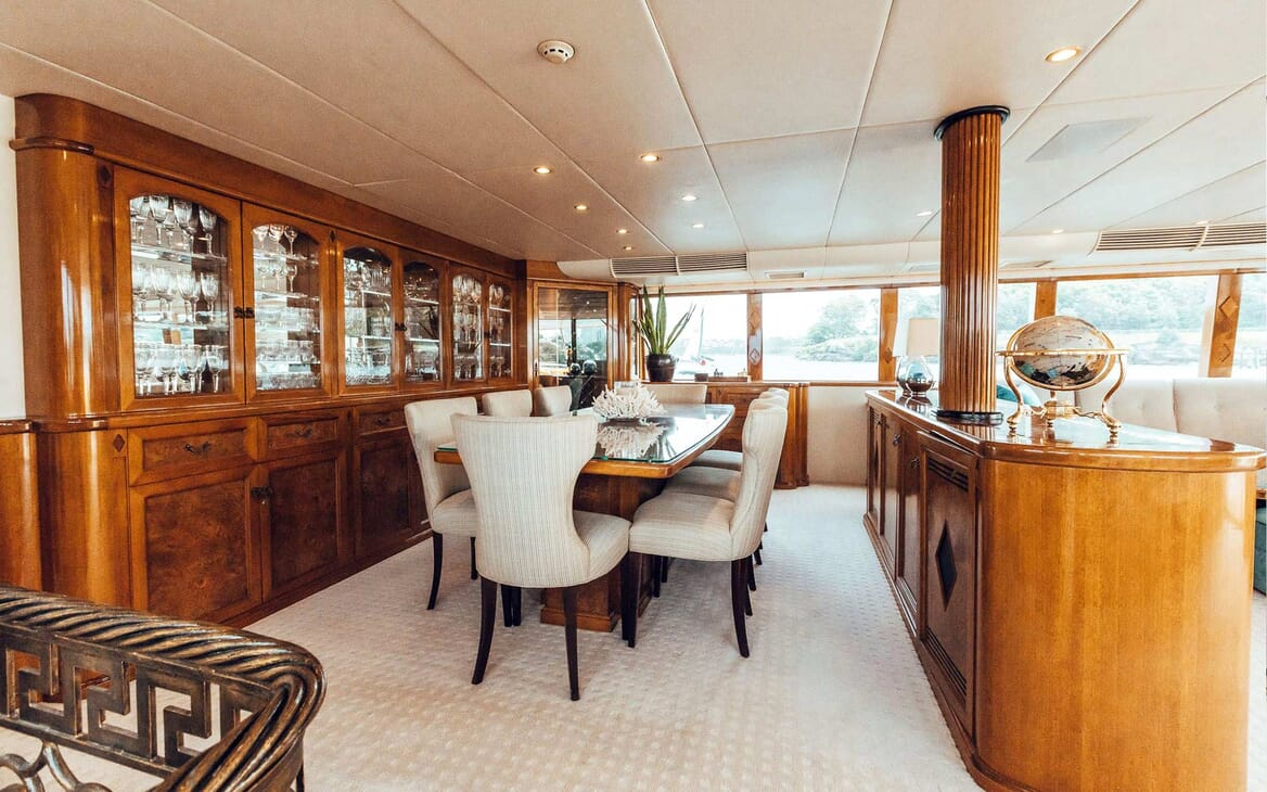 Motor Yacht Oscar II dining area