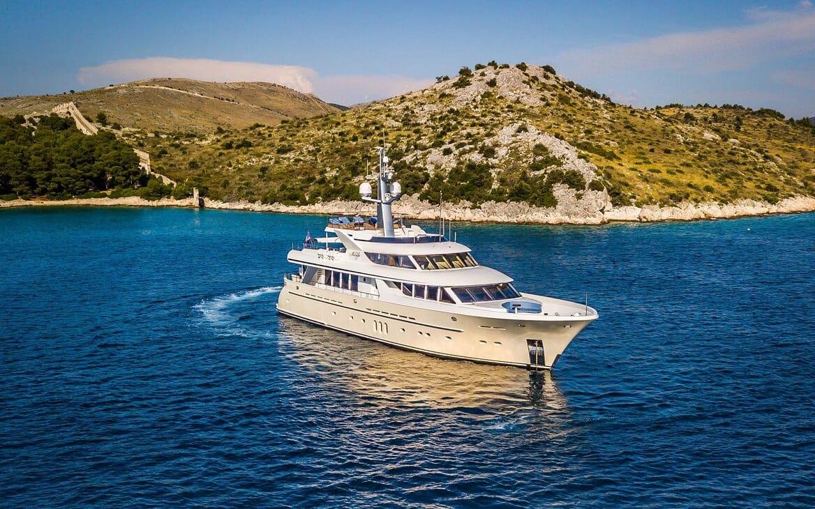 Motor yacht Milaya hero shot on water