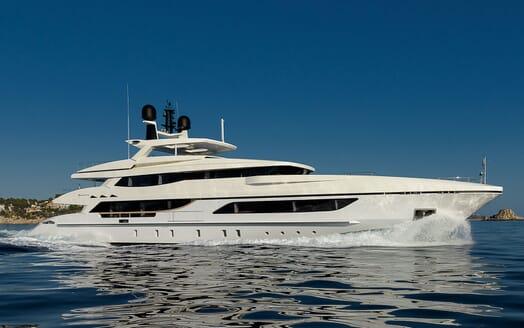 Motor Yacht MR. T Profile