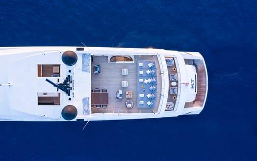 Motor Yacht Mr T al fresco dining