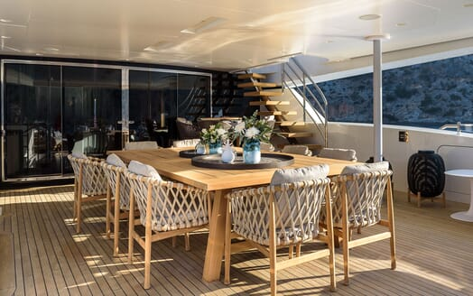 Motor Yacht MR. T Aft Deck Dining Table