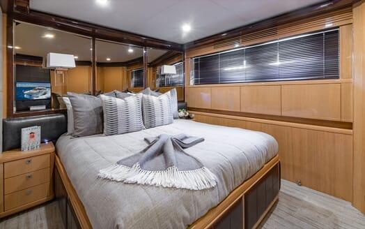 Motor Yacht Lady Cope aft