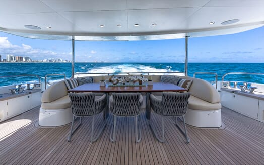 Motor Yacht Lady Cope main deck