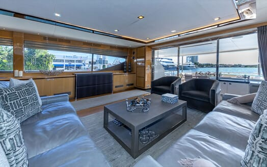 Motor Yacht Lady Cope master cabin