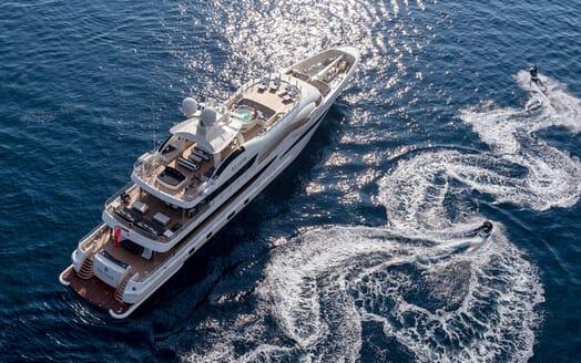 Motor Yacht ELIXIR toys