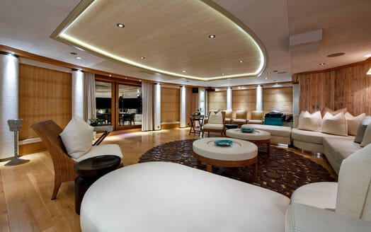 Motor Yacht SUNRAYS Lower Deck Saloon