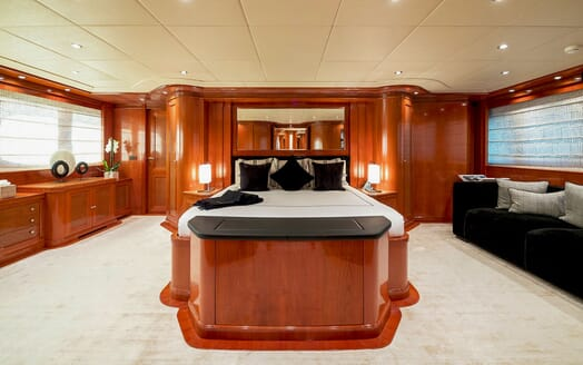 Motor Yacht MY WAY Master Stateroom