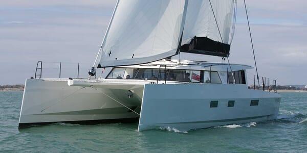 Sailing Yacht Rapier 550 sailing