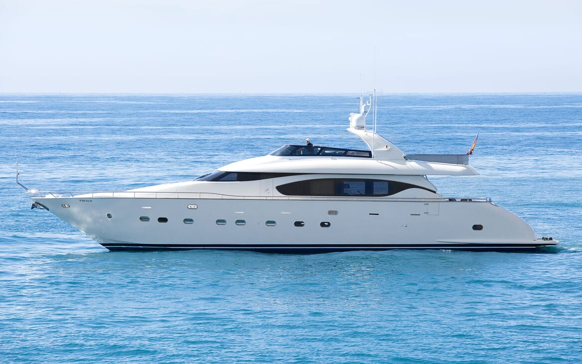 Motor Yacht SEVEN C Profile