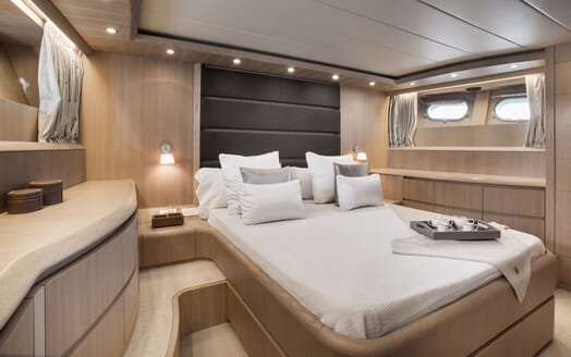 Motor Yacht SEVEN C Double Stateroom