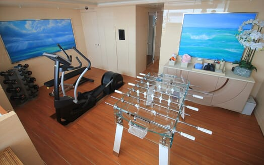 Motor Yacht 63m Amels Games room and Gym