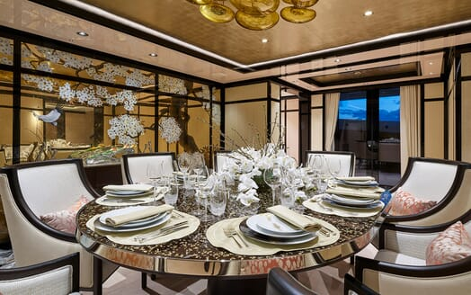 Motor Yacht 63m Amels Dining Table