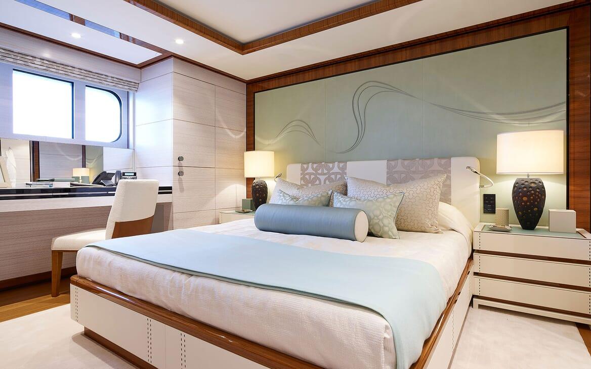 Motor Yacht 63m Amels Master Stateroom