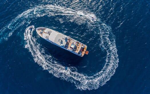 Motor Yacht Narvalo aerial