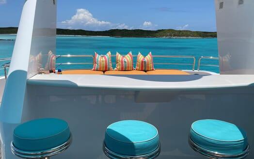 Motor Yacht RELENTLESS 130 Bar and Sun Pad