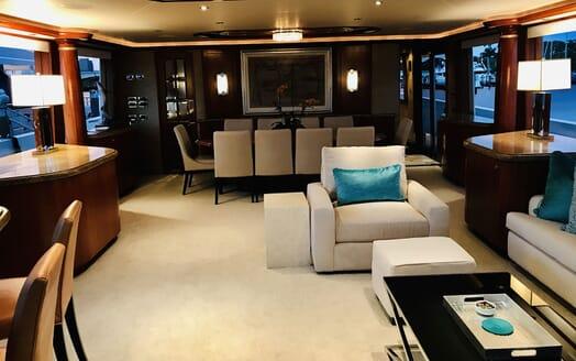 Motor Yacht RELENTLESS 130 Main Deck Salon