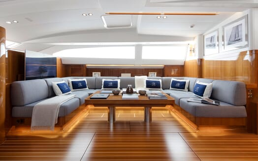 Sailing Yacht SOLLEONE Main Saloon