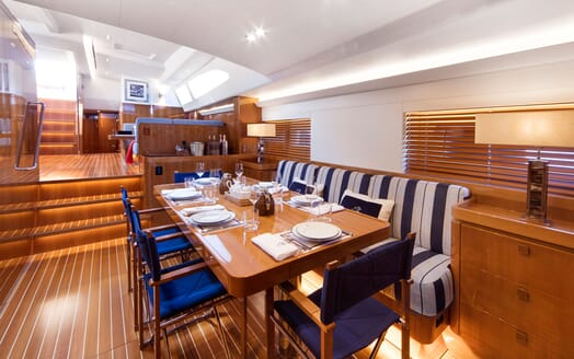 Sailing Yacht SOLLEONE Dining Room