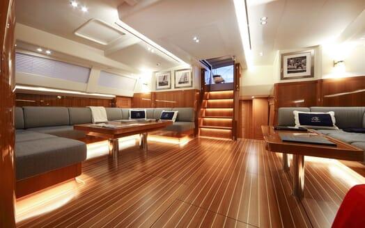 Sailing Yacht SOLLEONE Main Saloon 2