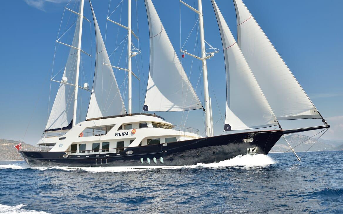 Sailing Yacht Meira under sail